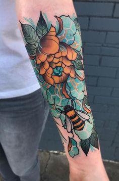 Neotraditionelles Tattoo, Tattoo Photo, Tattoo Cover, Tatoo Art, Cute Tattoos, Beautiful Tattoos, Body Art Tattoos, New Tattoos, Tattoos For Guys