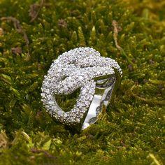 Cocktailring Zodiak - besonders elegant und ausgefallen Swarovski, Wedding Rings, Engagement Rings, Elegant, Design, Jewelry, Fashion, Engagement Ring, Fashion Jewelry