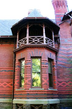 Turret, Mark Twain's house. The brickwork!