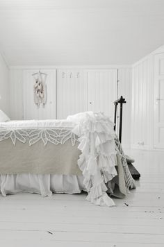 Read about Shabby chic Home Bedroom, Bedroom Decor, Shabby Bedroom, Pretty Bedroom, Bedroom Designs, Master Bedroom, Bed Scarf, White Cottage, Cottage Chic