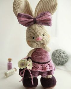 Use this free crochet pattern and create a wonderful crochet toy with a lot of interesting details