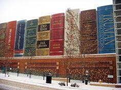 Kansas City Public Library - I used to live right across the street!