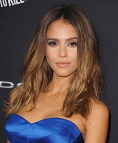 Jessica Alba's Sombré Highlights Are Perfect For Your Fall Makeover