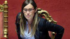 """L'ultima spesa pazza dello Stato per Maria Elena Boschi e il ministro dello Sport Luca Lotti (indagato per l'inchiesta Consip): """"Il biglietto da visita"""