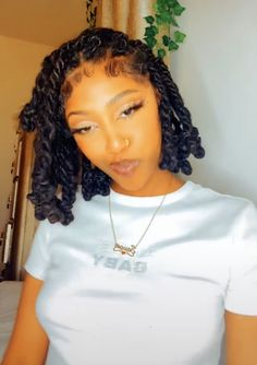 Loc Hairstyles, Back To School Hairstyles, Natural Hairstyles, Pretty Hairstyles, Dreads Styles, Curly Hair Styles, Faux Loc, Braids With Curls, Pretty Black Girls