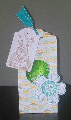 Flower shop, A round array, Note tag punch, Scalloped tag topper punch