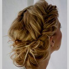 Gorgeous formal hair...
