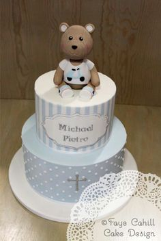 Without this topper Boys First Birthday Cake, Baby Birthday Cakes, Baby Cakes, Christening Cake Boy, Christening Cakes, Cakes For Boys, Celebration Cakes, Tiered Cakes, Cupcake Cakes