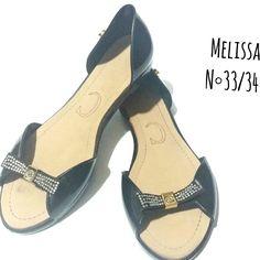 Melissa N ° 33/34  🆙Atendimento c / ⌚ marcada ☎ WhatsApp + 55 31 8729-0249    #melissa #style #black  #italy   #shoes #uohbrecho #brecho #2hand #moda #instagood #pretty #style #girl  #love #follow #cool #good #cute #fashion #fun #igers  #ootd #blogger #inlove #model #blog #belohorizonte #brasil
