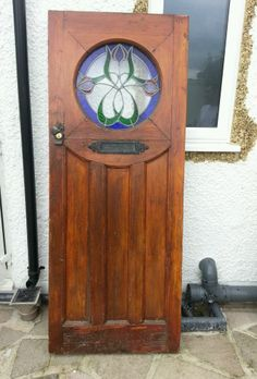 PECO EXTERNAL FRONT DOOR WITH STAINED GLASS