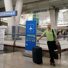 Javi listo para ir a #shanghai y luego a #taiwan  ¡A explorar las tierras de inmensas #oportunidades! http://tanyayjavi.com/5v #viajaresvivir #sueñoscumplidos #estilodevida #trabajarviajando #conecta2