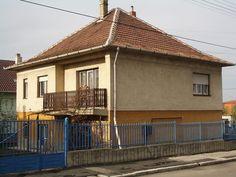 Használt családi ház – Kádárkocka Gazebo, Outdoor Structures, Outdoor Decor, Home Decor, Kiosk, Decoration Home, Room Decor, Pavilion, Cabana