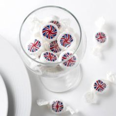 Strawberry flavoured Union Jack rock sweets from . British Decor, British Seaside, Union Jack Decor, British Sweets, Union Flags, Bear Party, England, Party Cakes, Party Gifts