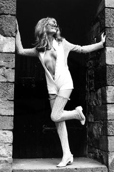 50 gorgeous vintage photos of the best 1970s fashion moments: