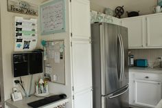Making it work~keeping it cute! Kitchen command center that is organized and functional.
