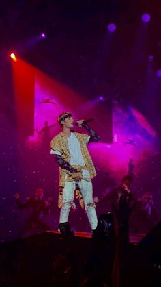 Purpose Tour Atlanta Show (April Justin Photos, Justin Bieber Pictures, Justin Baby, Bae, Pop Musicians, Justin Bieber Style, Justin Bieber Wallpaper, Hipster Man, Cute Wallpapers
