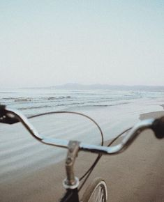 Find images and videos about girl, summer and beach on We Heart It - the app to get lost in what you love.