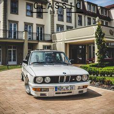 #BMW #E28 #5series