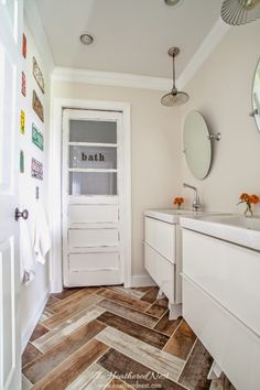 This vintage-style kids' bathroom is a wonderful alternative if you need a space that is both child- and adult-friendly. The kids can get older and still be comfortable with this decor.