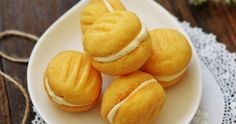 Bake for Happy Kids: The Aussie Yo Yo Biscuits (CWA - Country Women's Association of Australia) Different Recipes, Other Recipes, My Recipes, Dessert Recipes, Cooking Recipes, Cooking Food, Recipies, Milk Bread Recipe, Easy Biscuit Recipe