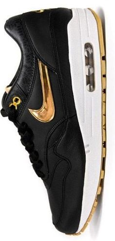 Gold Air Max sports.nikeairmaxshoppingonline.com Which are your favorite Nike shoes?mine are all of them!!!!this is my dream.