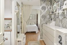 Provence Style, Oversized Mirror, Small Spaces, Interior Design, Table, Furniture, Home Decor, Ideas Para, Home Layouts