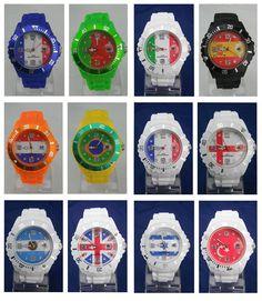 Horloges bedrukt met nationale vlag op wijzerplaat.