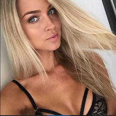 """""""Could there be a dreamier bombshell?! Perhaps not! @renaeayris you are a ridiculous babe and we love that you love AB and have been with us from the…"""""""