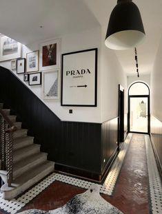 Hallway Inspiration, Monday Inspiration, Herringbone Tile Floors, Victorian Hallway, Hall Flooring, Mad About The House, Hallway Designs, Up House, Hallway Decorating