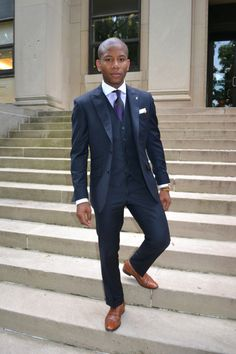 2017 Navy blue Groom suit Formal slim fit Wedding suits for men Groomsman Tuxedos Peaked Lapel Mens Suit 3 Pieces costume homme Navy 3 Piece Suit, Three Piece Suit, 3 Piece Suits, Navy Blue Groom, Navy Blue Suit, Navy Suits, Mens Fashion Blog, Suit Fashion, Fashion Hair