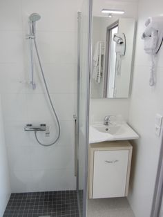 Salle d'eau Hôtel Grottes de Matata