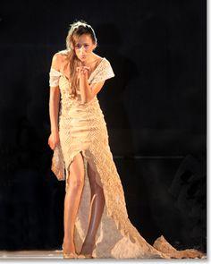 Wedding dress made of cork / Copyright: Pelcor