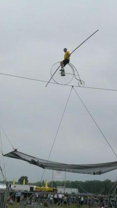 Présentation Solo de funambule // Presentation High wire walker Solo - Didier Pasquette - Compagnie Altitude