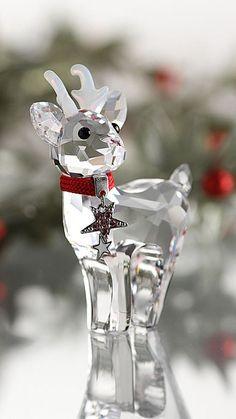 ❥ ✿ڿڰۣ(̆̃̃ ❤ Enter into my albums and let your heart to relax for a moment ♥ PIN ♛ PIN Swarovski Crystal Figurines, Swarovski Crystals, Beautiful Christmas, White Christmas, Reindeer Christmas, Modern Christmas, Christmas Holiday, Cut Glass, Glass Art