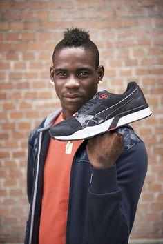 Foot Locker und PUMA haben sich diesen August zusammengetan und launchen gemeinsam die neueste BTS Kampagne mit Mario Balotelli rund um den legendären PUMA Trinomic Laufschuh aus den 90er Jahren.