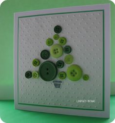 Christmas Button Tree...so cute, gonna do it in my Christmas Craft Class