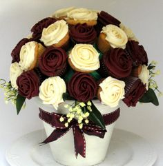 Delicious, Tasty Cupcake Flower Bouquets made to perfection - The Ideal Edible Fathers Day Gift!