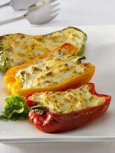 Pimientos rellenos con pasta de reineta Low Carb Recipes, Vegan Recipes, Salty Foods, Pasta, Sin Gluten, Healthy Living, Food And Drink, Favorite Recipes, Stuffed Peppers