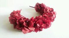 #Tocado Diadema de Hortensias Juliette  de Isa Lubella #boda #invitadaperfecta #HeadPiece #Diadema #Hydrnagean #bride #perfectguest