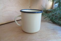 Yellow enamel mug. Soviet vintage. Retro Enamel Cup. 1980s