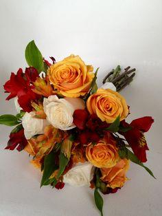 rosas y alstroemerias