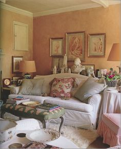 In the 'Folly' home of Nicky Haslam, the comfortable, relaxed good taste & the many beautiful things define English taste.