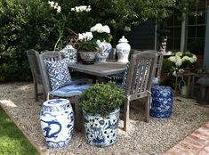 Blue and White Design Inspirations! Chinoiserie Chic: Blue and White Chinese Planters Outdoor Rooms, Outdoor Furniture Sets, Outdoor Decor, Outdoor Living, Outdoor Planters, Garden Furniture, Outdoor Patios, Outdoor Fun, Modern Furniture