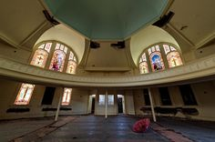 Photo by Scott Haefner: Forgotten Parasol  Developers want to bulldoze this Methodist church, abandoned since 2005, to build condos. They are facing opposition from preservationists seeking Landmark status for the 100 year old structure.