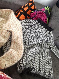 Tapestry Crochet Patterns, Sweater Knitting Patterns, Knitting Designs, Knitting Ideas, Fair Isle Knitting, Fashion Wear, Yarn Crafts, Needlework, Knitwear