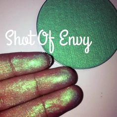"""Glitter Injections @glitterinjections SHOT OF ENVY Lid Injection: It's now availabke at http://www.glitterinjections.net/  for only$6.99 small eyeshadow or$27.99 for our massive eyeshadows. These are equivalent to 6 small eyeshadows. Perfect for heavy users or MUAs. Video (PRESS PLAY on their page) ☞ https://www.instagram.com/p/5K7ug6OxAn/ """"I WOULD SO USE THIS AS HIGHLIGHTER IT BLENDS SO BEAUTIFUL."""" #eye #face #makeup #eyeshadow"""