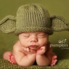 baby yoda hat. like (thumbs up)