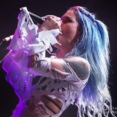 Arch Enemy, Alissa White-Gluz