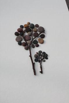 Collage mit Steinen, Bild aus Steinen, Bäume aus Steinen, basteln mit Kindern