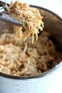 Instant Pot Cafe Rio Chicken - 365 Days of Slow Cooking and Pressure Cooking - Instant Pot Café Rio Chicken–this quickly cooked shredded chicken is perfect to serve with your - Crock Pot Recipes, Chicken Recipes, Cooking Recipes, Keto Recipes, Chicken Meals, Ip Chicken, Mexican Chicken, Savoury Recipes, Healthy Recipes